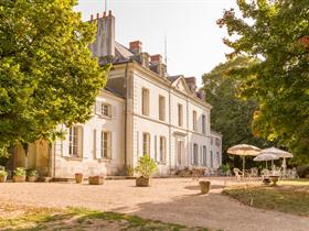 Castel Le Petit Trianon de Saint Ustre